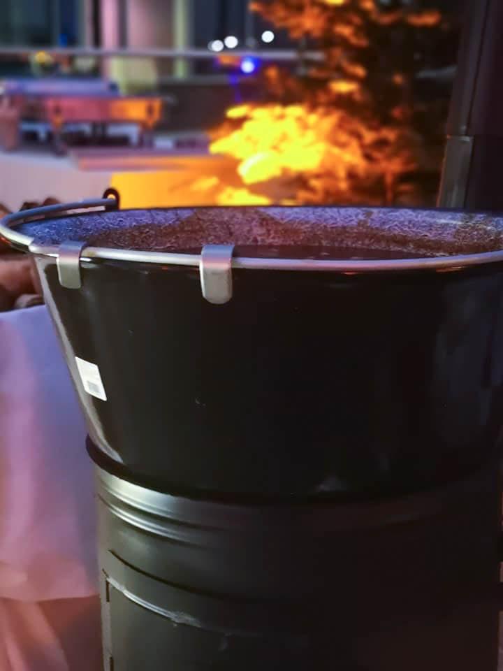 Heiße Suppe für das Weihnachtscatering