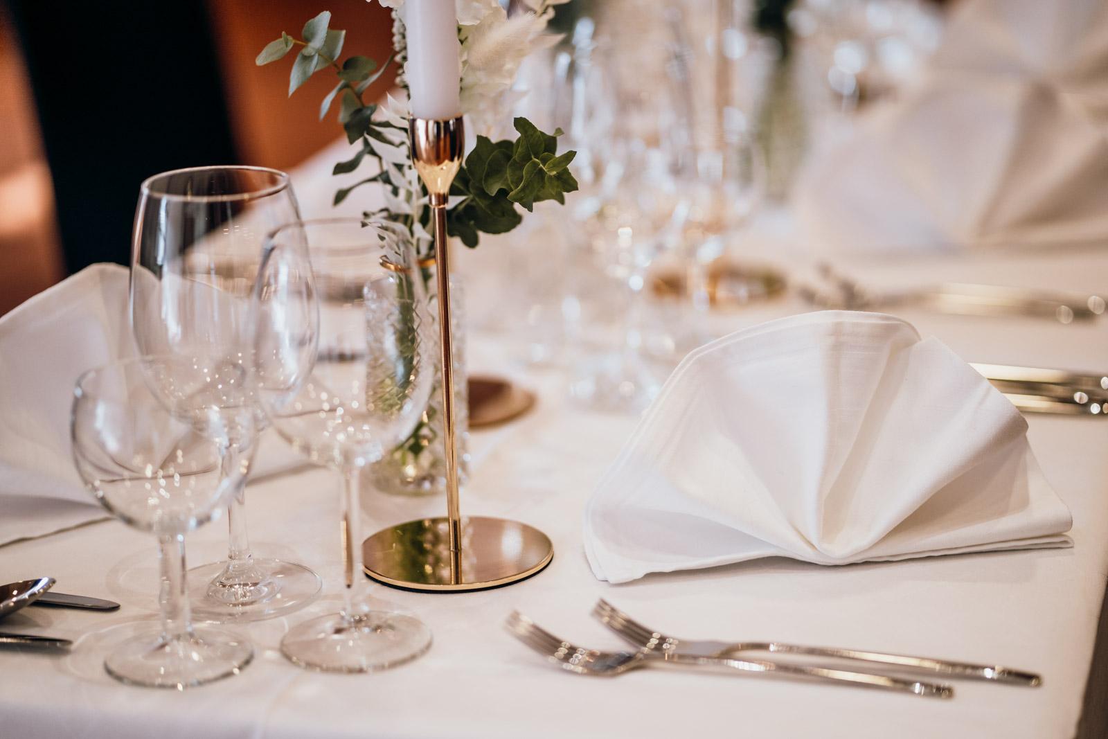 Hochzeitsdinner im Ballsaal